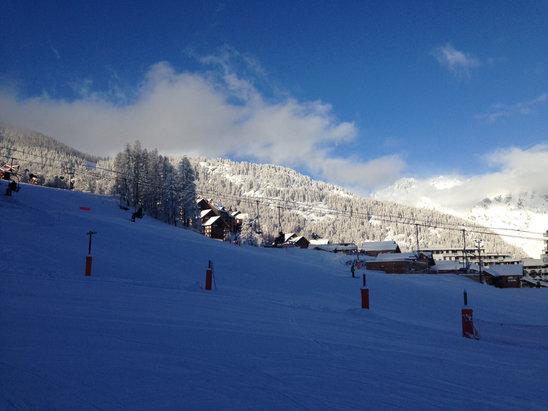 Puy Saint Vincent - Oui c'est bien tombé! 80 cm à 1600, plus de 100cm au dessus de 2000!  - © Iphone de Dam