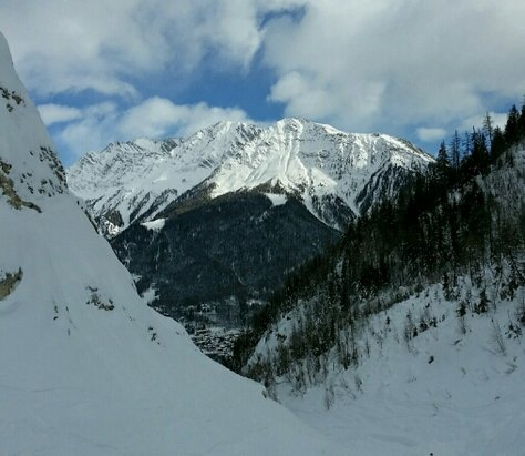 Courmayeur - so much snow! - © mikejcw