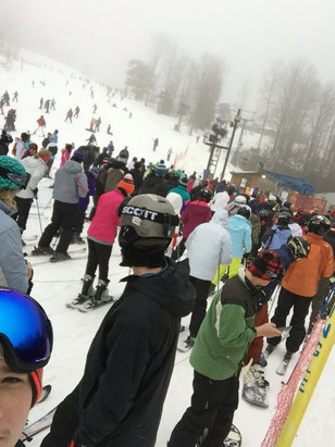 Winterplace Ski Resort - It's great out today best conditions since end of last year it's a little packed being a holiday weekend but the workers are keeping a good flow in the lines - © Jacob's iPhone