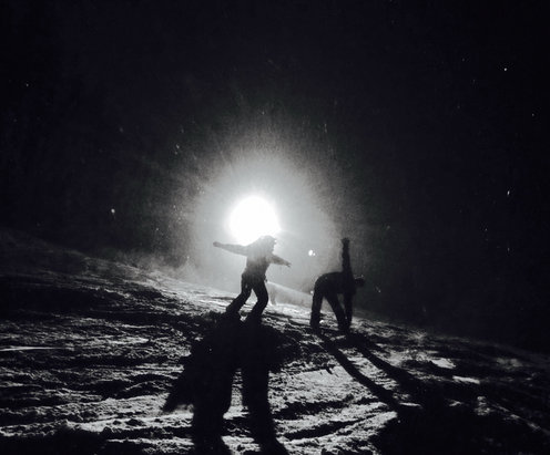 49 Degrees North - Night skiing at 49 last night!
