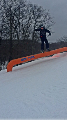 Jiminy Peak - The parks are great, great Coverage, little ice, and no crowds - © iPhone