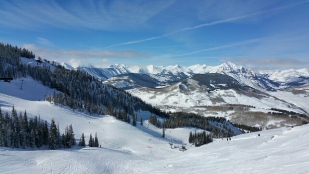 Crested Butte Mountain Resort - Great day, sunny blue skies, light powder overnight, excellent skiing. Some of the more extreme terrain could benefit from more snow. Runs served by chairlift are in great condition.   - © JTD