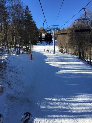 Grand Tourmalet (La Mongie / Barèges) - Temp génial mais la neige un peut lourde en milieux de journée !  - © iPhone de elliot