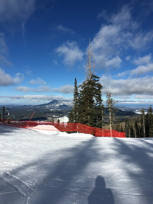 Arizona Snowbowl - Bluebird day. A little icy this morning but the snow softened up as the day progressed. - © Barry's iPhone