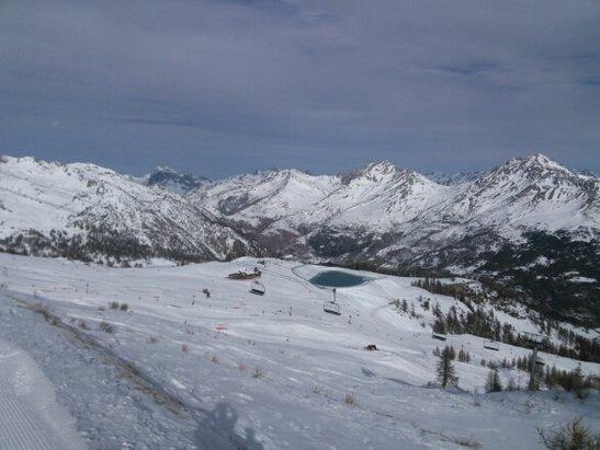 Serre Chevalier - beau temps mais manque de neige sur certaines pistes. - © marcarole49