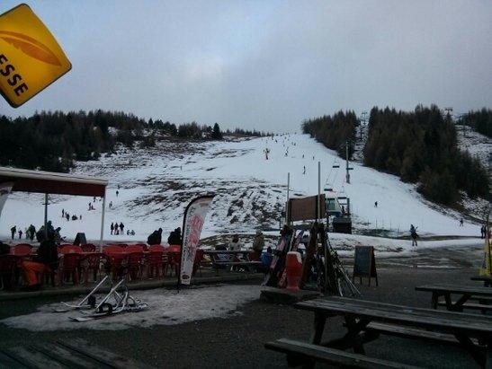 Superdevoluy / La Joue du Loup - Peu de neige, le matin neige dure et soupe l'après-midi.  - © benj