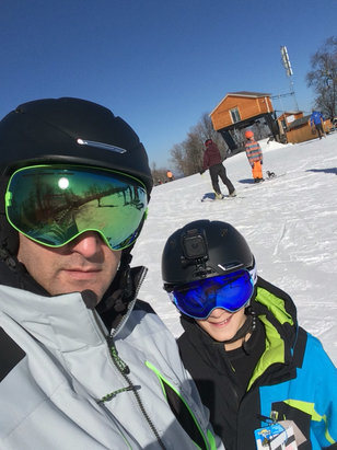 Windham Mountain - Great skiing on the mountain today as the conditions were impressive considering the winter we are having!! - © Mike's iPhone