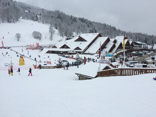 Meribel - Its been snowing all week, great conditions  - © Richard's iPhone