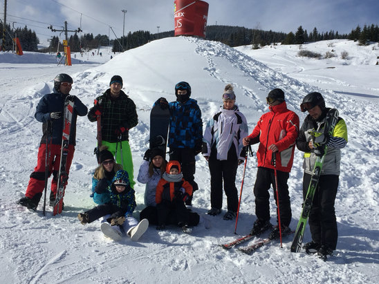 Zuberec - Milotín - Janovky - parádna lyžovačka super svah a prírodný sneh   - © Martin's iPhone 6