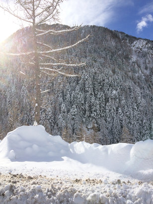 Isola 2000 - Super neige - © Pascale Iphone