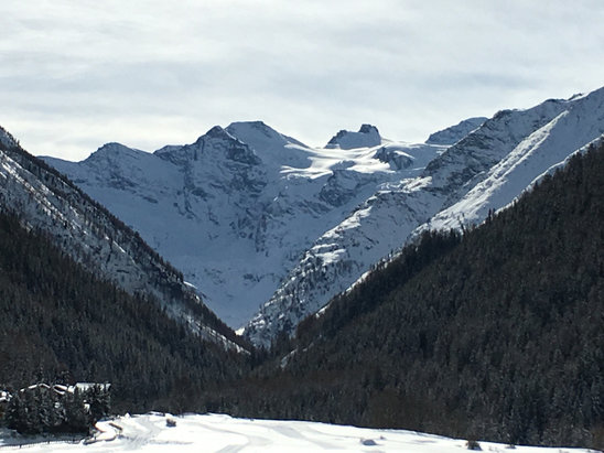 Cogne - Gran Paradiso looking fine!  - © Mike's iPhone