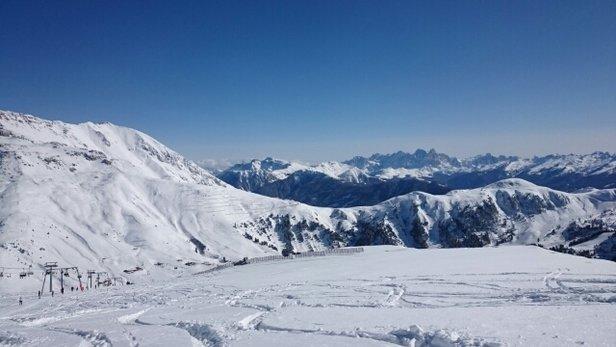 Obereggen - Pampeago - Predazzo - Pala santa bordo pista.. con moderazione! occhio ai massi  - © giacomovecchi