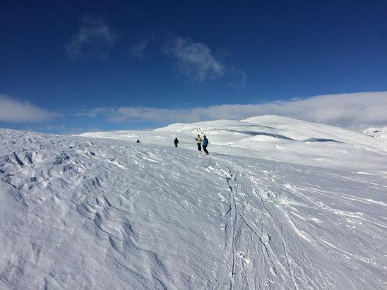 Røldal - [! skireport_firsthandpost_pagetitle ] - © Øyvind Mentzonis iPhone