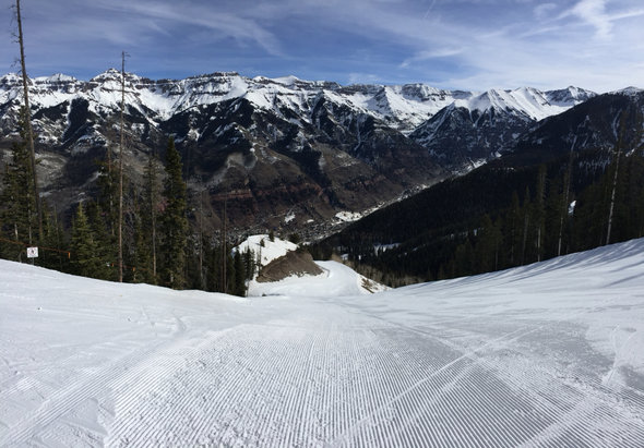Telluride - The groomers are holding up ok but some new snow would be nice for in the trees. - © iPhone (3)