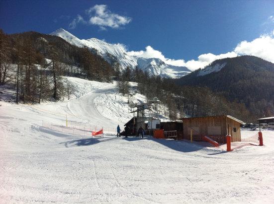 Serre Eyraud - Journée de rêve sur les pistes de Serre Eyraud : neige extra fraîche et grand ciel bleu - © Nico05