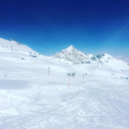 Kitzsteinhorn - Kaprun - [! skireport_firsthandpost_pagetitle ] - © [! skireport_default_author ]