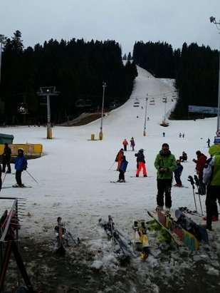 Borovets - There is not enough snow but it is possible to ski  - © iliqn.lazarov