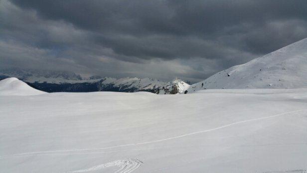 Obereggen - Pampeago - Predazzo - giornata nuvolosa e freddina. le piste stupende al mattino, nel pomeriggio erano farinose ma ancora ottime. Comprensorio spettacolare - © gibiboat