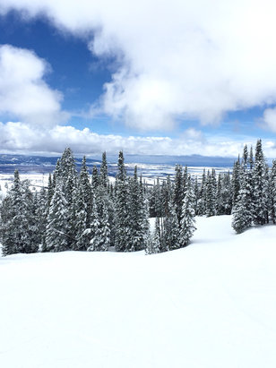 Grand Targhee Resort - Wow! My first time at Grand Targhee and I was wowed by the views, snow and awesome terrain. Had a memorable day! - © Kraine