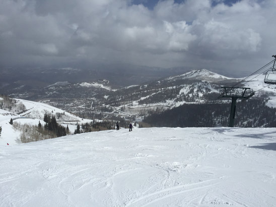 Deer Valley Resort - Good conditions at the top.  Some ice on bottom 1/3. Snow cones at the bottom.  - © Juris Doctor Evil
