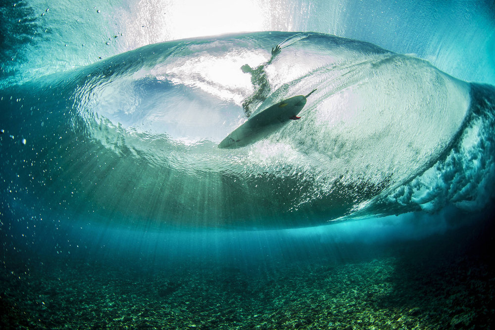 Landon McNamara surft in Französisch-Polynesien - ©Red Bull Illume | Ben Thouard