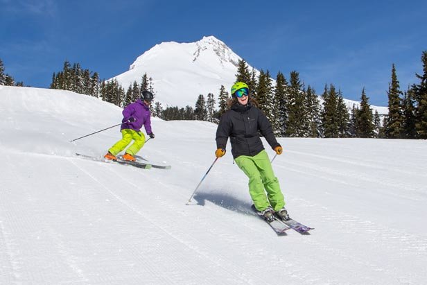 Enjoying the slopes midweek at Mt. Hood Meadows - © Dave Tragethon / Mt. Hood Meadows