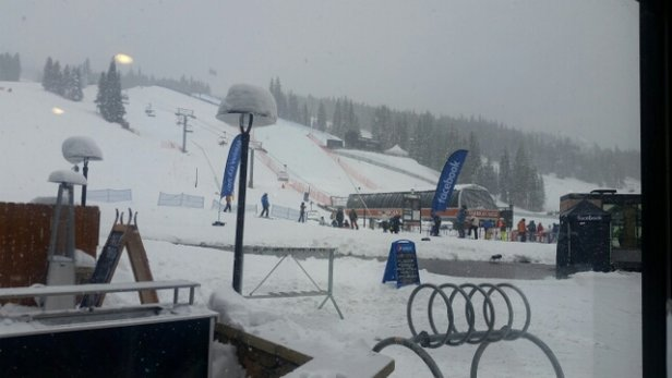 Copper Mountain Resort - dumping again! opening Alpine lift today - © anonymous