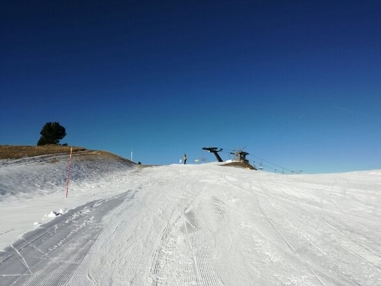 Folgaria - molte piste preparate ottime. hanno fatto un ottimo lavoro. oggi circa 30 aperte. - © Alex