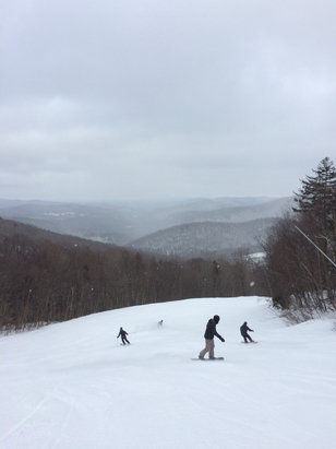 Windham Mountain - Went Monday and conditions were fantastic besides wall which was all ice. Double blacks had some of the best snow - © iPhone (2)