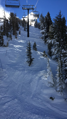 Mt. Rose - Ski Tahoe - Since no one has posted in a while I'll help some of you out. This most recent storm dumped up to about 70 inches. The snow is goodgood and heaven anbuthungroomed  - ©shamzilla