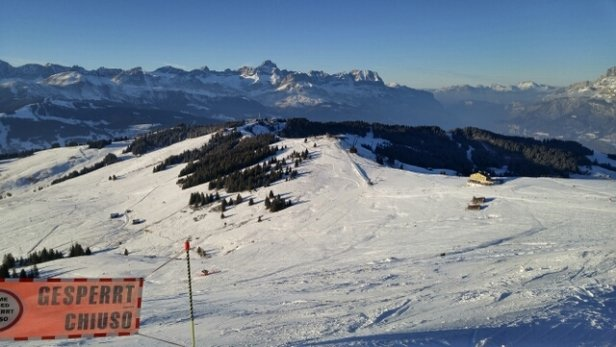 Megeve - Only few trails open. No snow coverage.  - © I.