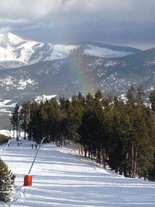 Les Angles - Super neige aux Angles ! Damage exceptionnel cette année encore bravo la station . CocoCoCoco  - © iPhone