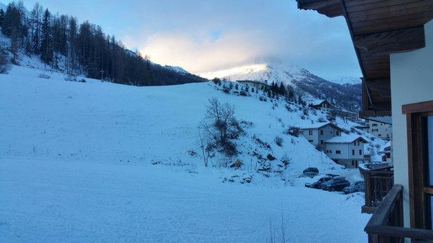 Val Cenis - Neige fraîche ce matin au levé du soleil !  - © Phil
