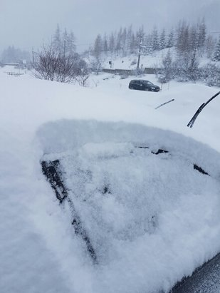 St. Anton am Arlberg - Picture is half the snow 48 hrs ago. We've had double that since  - © Tee