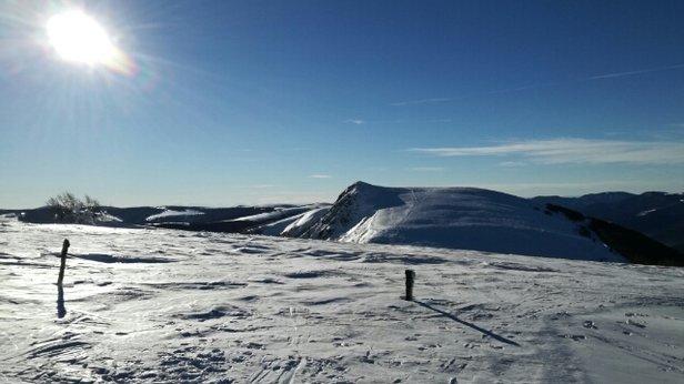 La Bresse Hohneck - ski de randonnée ce matin .bien content de pas avoir eu besoin de me garer à la station . - © guigui