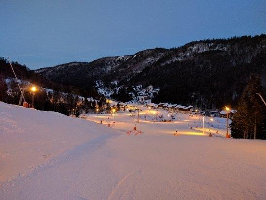 La Bresse Hohneck - ski Aurore - 7h30 - © Xavier M