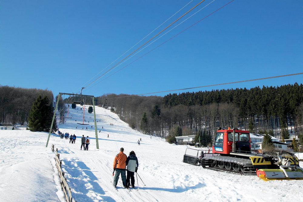 Skilift am Sonnenhang in Willingen - © Skigebiet Willingen