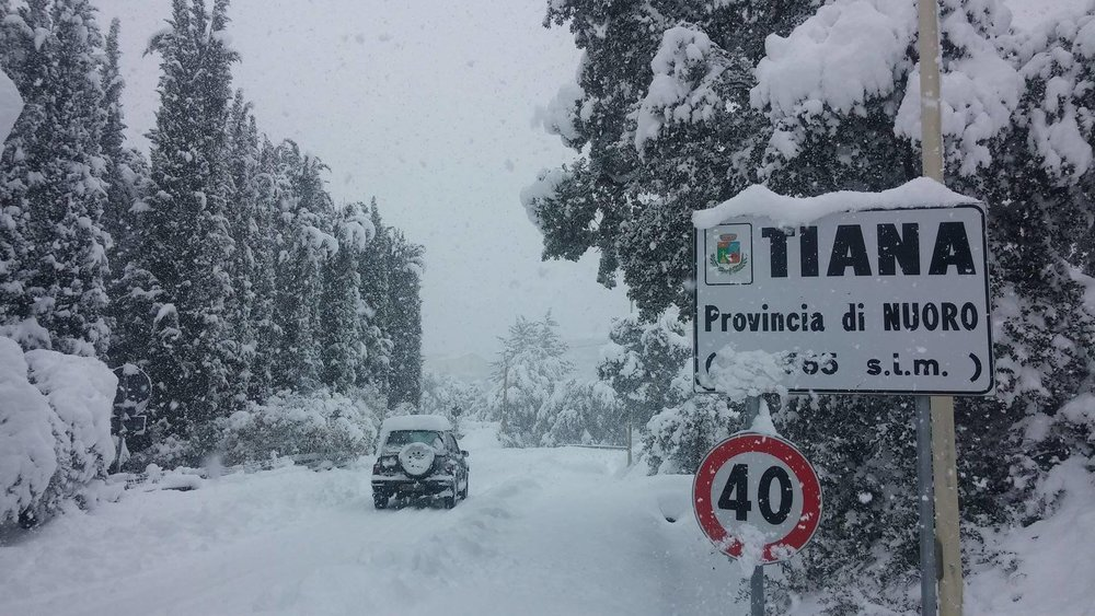 Neve fresca in Sardegna! Città: Tiana - © Sardegna Live Facebook - Foto di Serena Demuru
