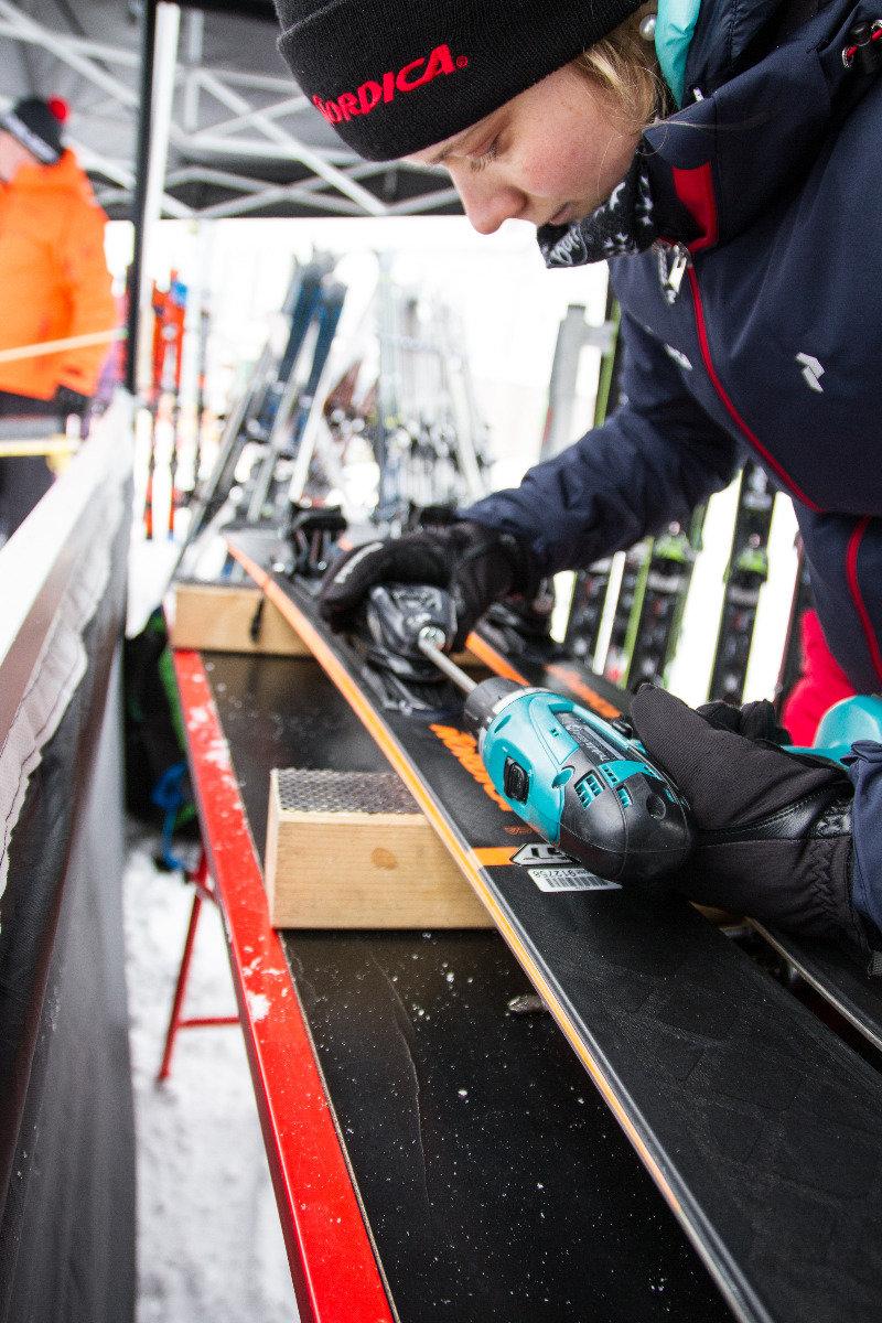 Am Stand von Nordica beim All On Snow Skitest 2017 - © Skiinfo