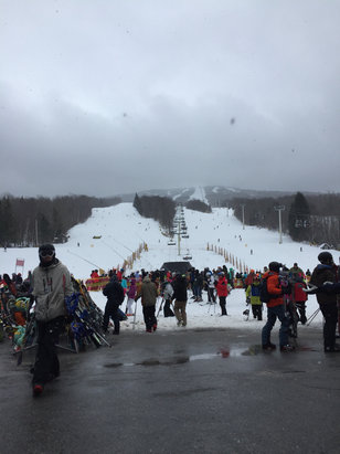 Stratton Mountain - Great conditions minimal ice, trees in great shape. Snowing now . - © iPhone