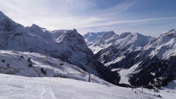 Pralognan la Vanoise - la neige fond, mais il fait beau  - © sylviehuard77200