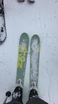 Sugar Bowl Resort - heavy snow - ©jeff