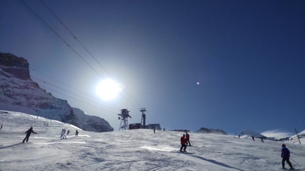 Saas Fee - glorious day on the slopes - © anonymous