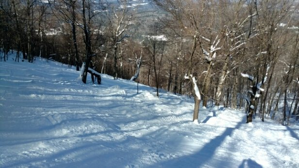 Magic Mountain - Nice day at Magic on Friday.  Plenty of snow and no lift lines.   - © anonymous