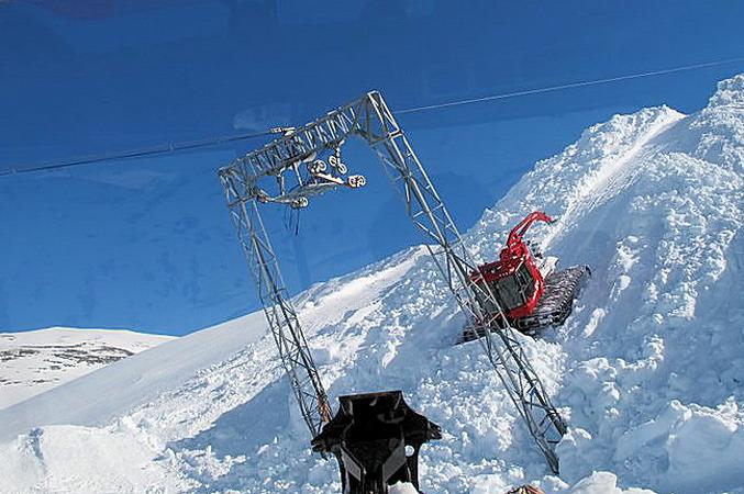 Stryn Sommerski - Breheisen montering3 677px