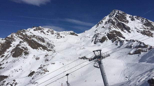 - © Thomas au Ski