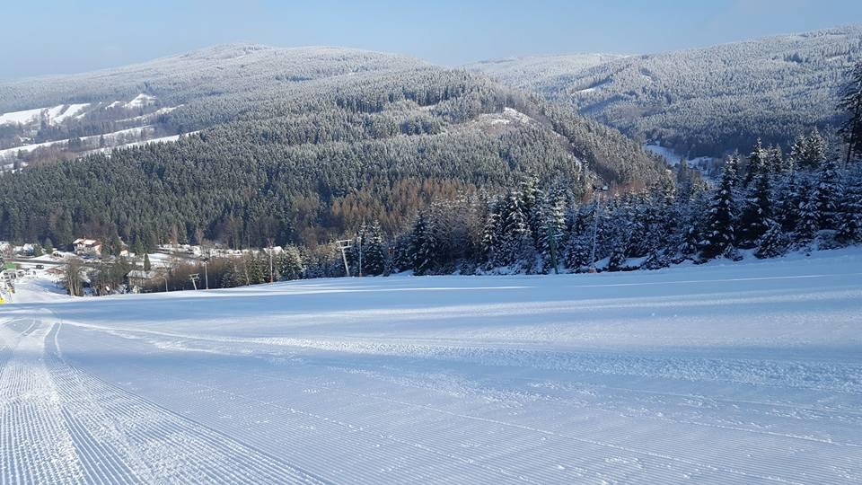 Skicentrum Deštné v O.h. 8.3.2017 - © Skicentrum Deštné | facebook