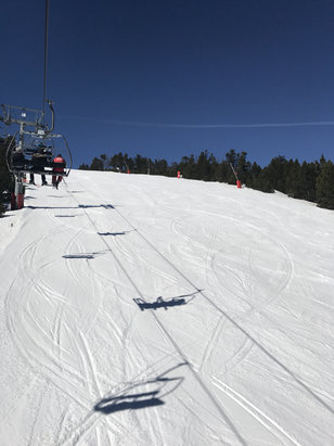 Les Angles - De la neige sur balcere - © iPhone de rene