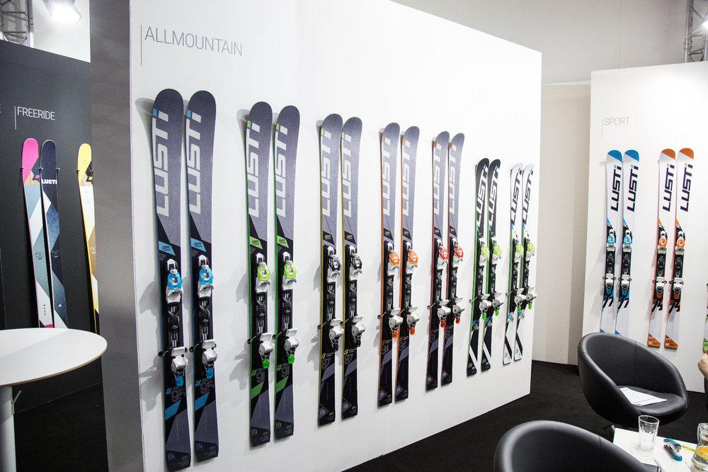 ISPO 2017 : Sur le stand Lusti-Ski - © Skiinfo