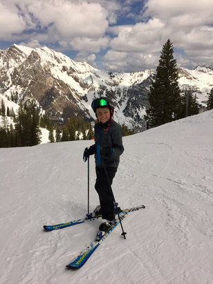 Snowbird - Nice Spring conditions today!!
